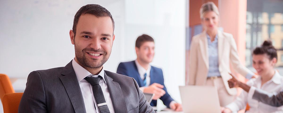 Empresas Investem na Qualificação Profissional - Destaque