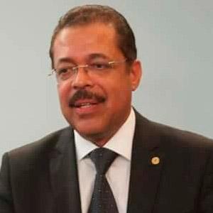 Prof. Márcio A. S. Caxias